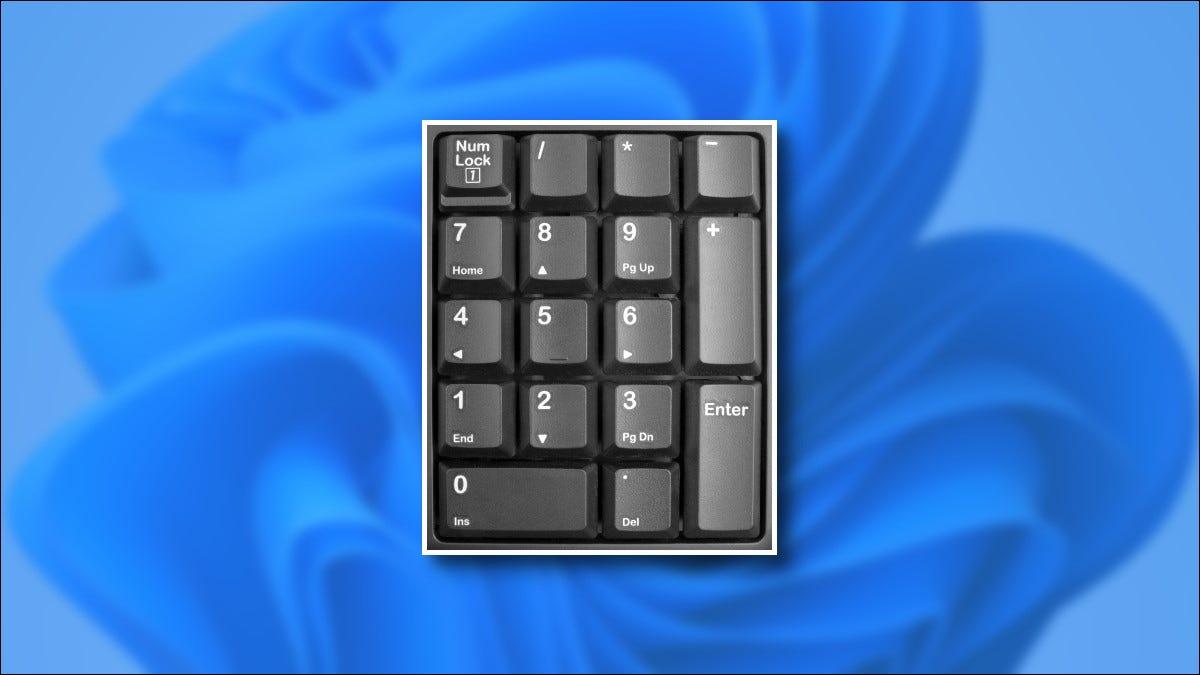 كيفية استخدام لوحة المفاتيح الرقمية الخاصة بك كماوس على Windows 11